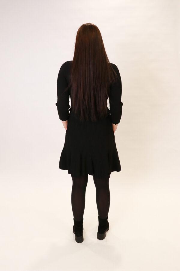 """""""Roblegere"""" melna kleita"""