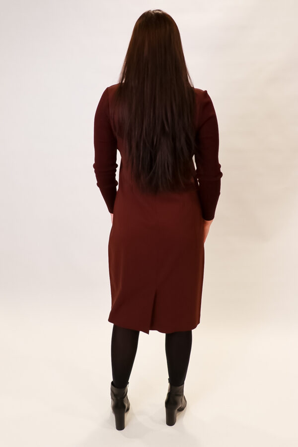 """""""Crea"""" bordo krāsas kleita"""